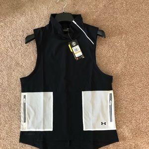 UNDER ARMOUR Storm Woven Vest, Black/White, Sz S